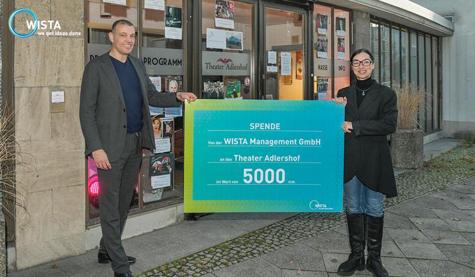 WISTA spendet 5.000 Euro an das Theater Adlershof