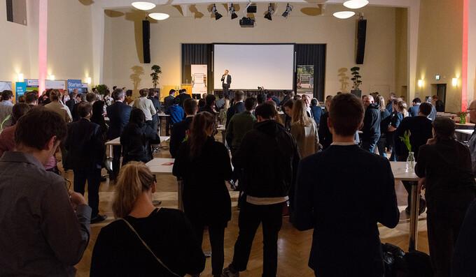 Get together: Gründer und Coaches trafen sich zum Netzwerken im Technologiepark Adlershof