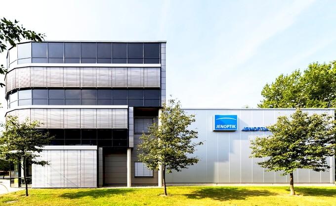 Jenoptik investiert im Technologiepark Adlershof