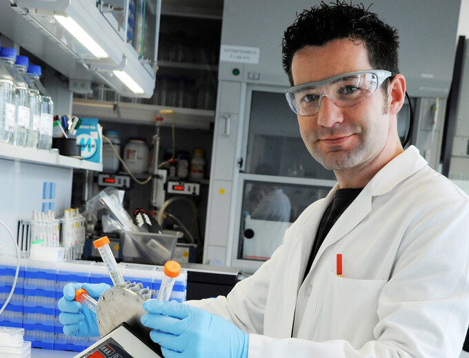 Algae slicks and sugar-based vaccines: Biotech in Adlershof