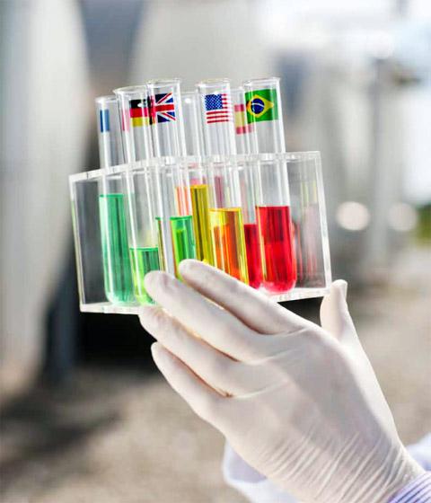 Adlershof Special 35 Biotechnologie, Cover. Bild: © Adlershof Special