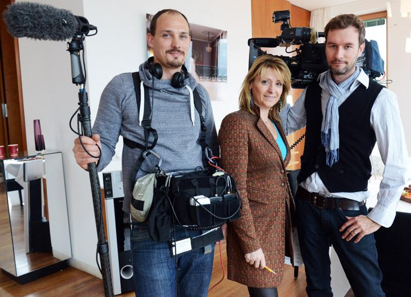 Brennen für ihre Arbeit: Birgit Hoyer und Team von TV MScout. Bild: © WISTA